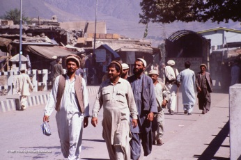 Strolling through Chitral while I searched for a good restaurant.